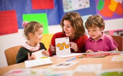 apprendre anglais enfant à l'école